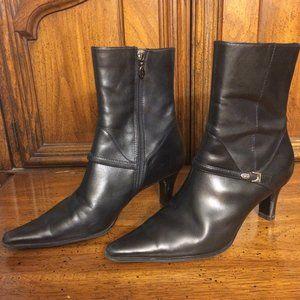 EUC Joan & David Leather Boots